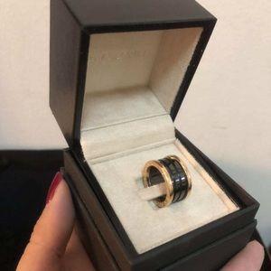 Bulgari B.zero ring black w/ rose gold sz52